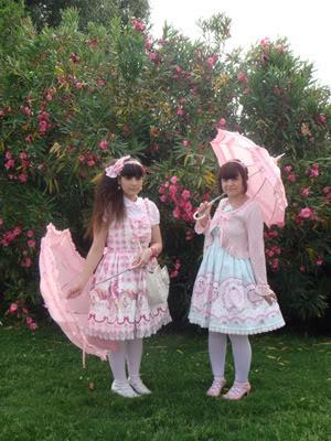 Merkades y Alicia, escritoras de Doll Stories 0DSC04134