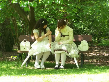 Merkades y Alicia, escritoras de Doll Stories 3-5