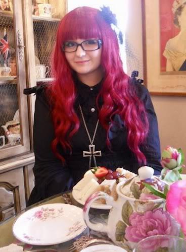 Michelle - LJ_porcelain_son Table