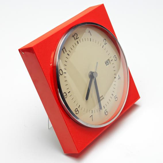 Krups Electronic Wall Clock w/ Calendar Clock_3