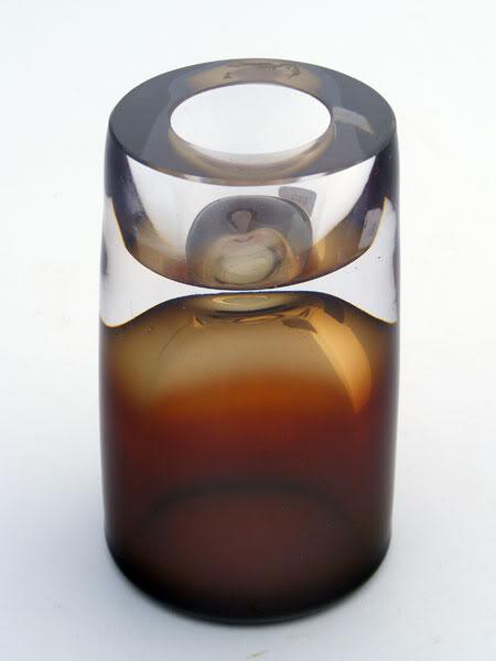 Complex Opalescent Cased Vase w/ Hollow Base Vase_2