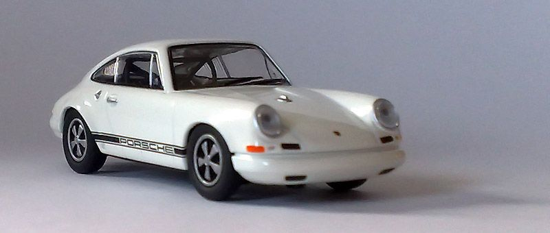 Kyosho 1:64 - Page 9 911r_1