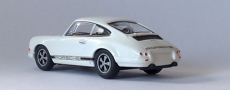 Kyosho 1:64 - Page 9 911r_2