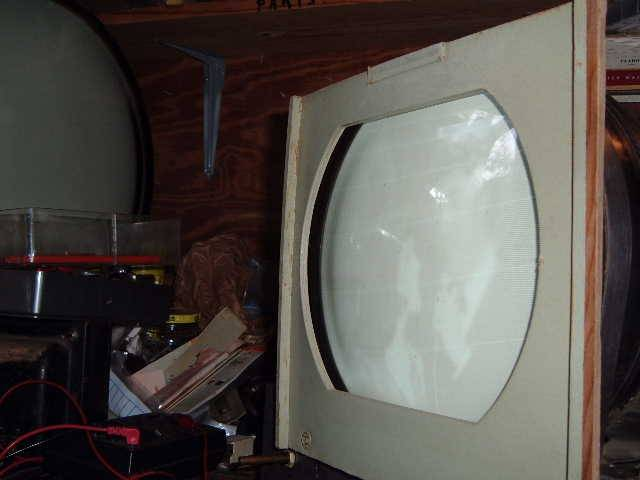 "Bendix 10"" tv 2004_010110inchBendixtvplays0003"