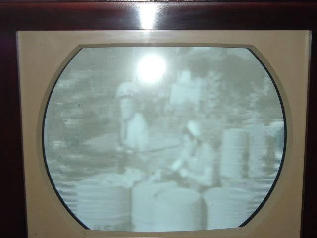 Saga on Restoration of RCA Victor tv stillgoing strong. 2010_0727RCATVFinFinnished0023
