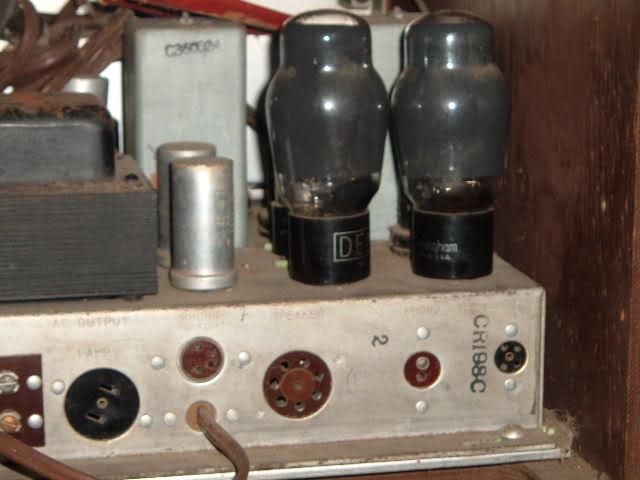 My Magnavox 1946 model RC-198C radio-phonograph 2011_0304MagnavoxCR-94pics0011