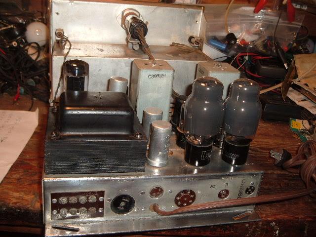 My Magnavox 1946 model RC-198C radio-phonograph 2011_0314Magnavox98Cdone0001