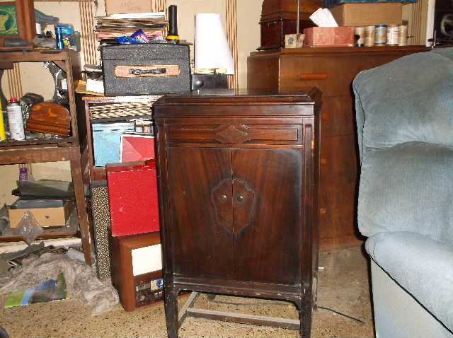 Let's see your phonograph collection....... 2012_0808VictorOrthophonicetc0013