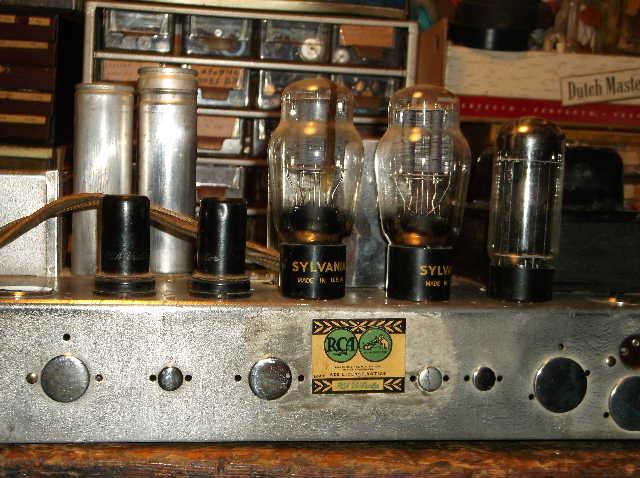 Restoration of RCA Victor R-98  1939 table top victrola 2012_0924RCAVictorR-980006