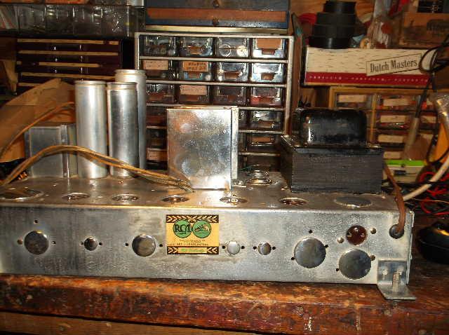 Restoration of RCA Victor R-98  1939 table top victrola 2012_0924RCAVictorR-980018