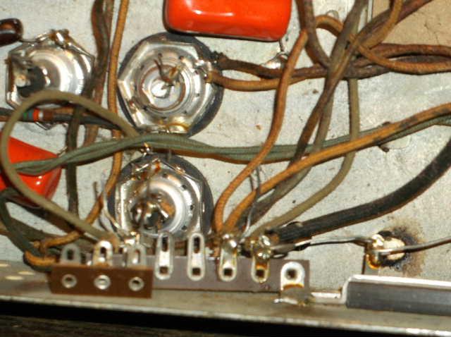 Restoration of RCA Victor R-98  1939 table top victrola 2012_0924RCAVictorR-980023