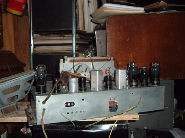 Should I go get this GE J-805? GE_J-805_radio_chassis002