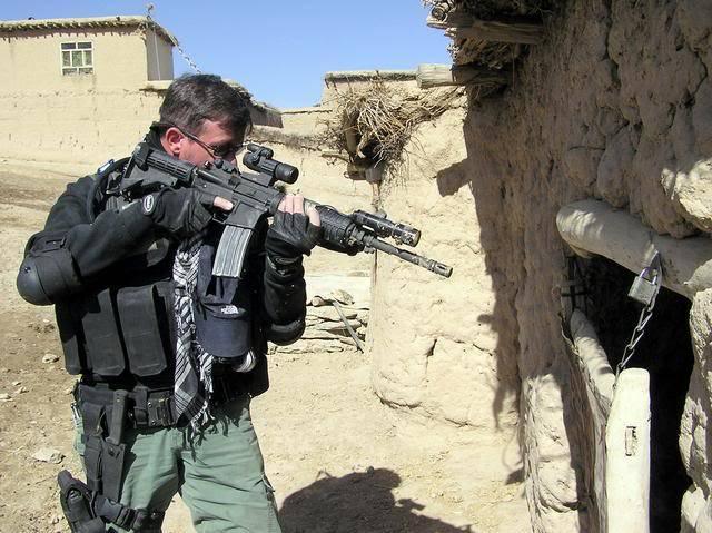 portrait, équipement, armement ... E801f44d