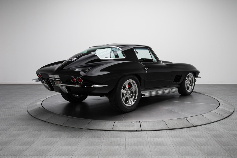 1967 Chevrolet Corvette Sting Ray 1967-Chevrolet-Corvette-Sting-Ray_262086_low_res