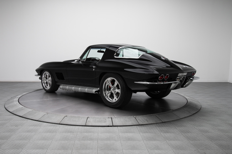 1967 Chevrolet Corvette Sting Ray 1967-Chevrolet-Corvette-Sting-Ray_262088_low_res