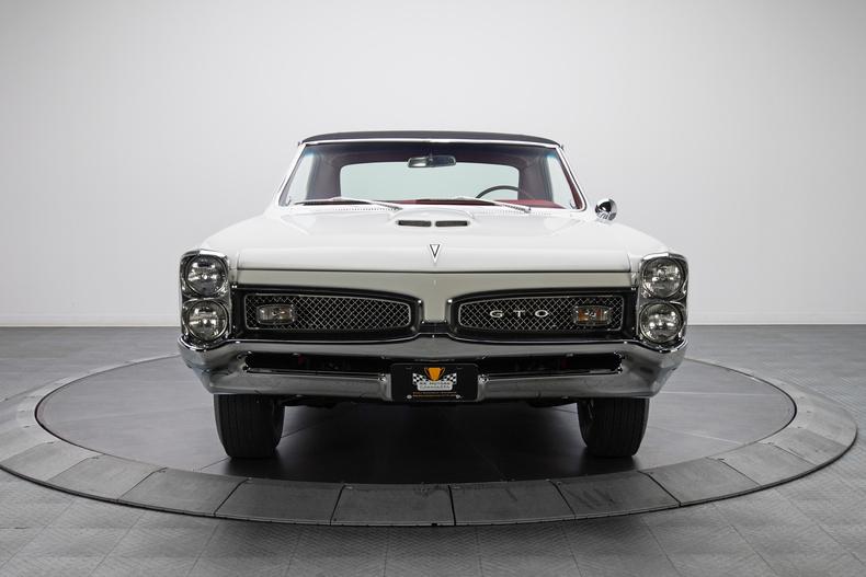 1967 Pontiac GTO 1967-Pontiac-GTO_261322_low_res