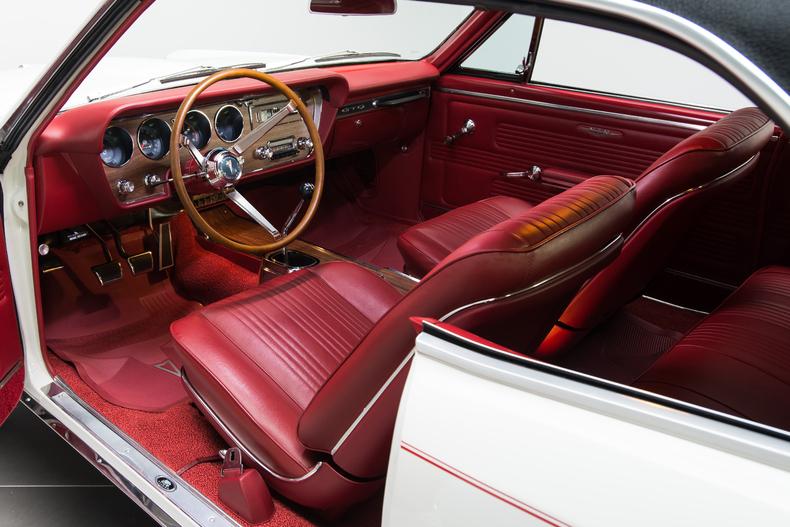 1967 Pontiac GTO 1967-Pontiac-GTO_261352_low_res