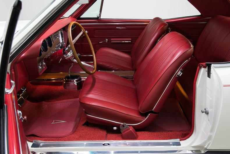 1967 Pontiac GTO 1967-Pontiac-GTO_261353_low_res