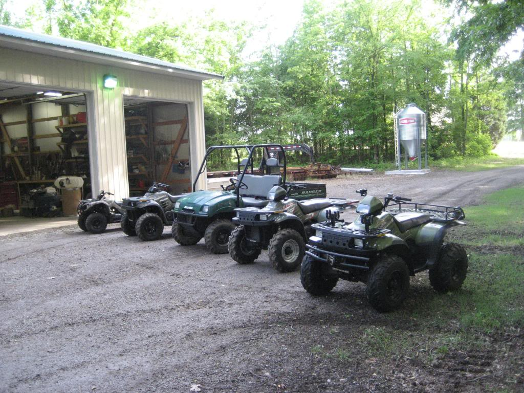 2006 & 02 Polaris Ranger + several other Popo's & 1 Yamaha 85c63dd4