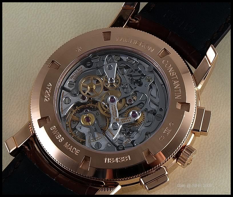 enfin une maison qui nous présente une montre! S8