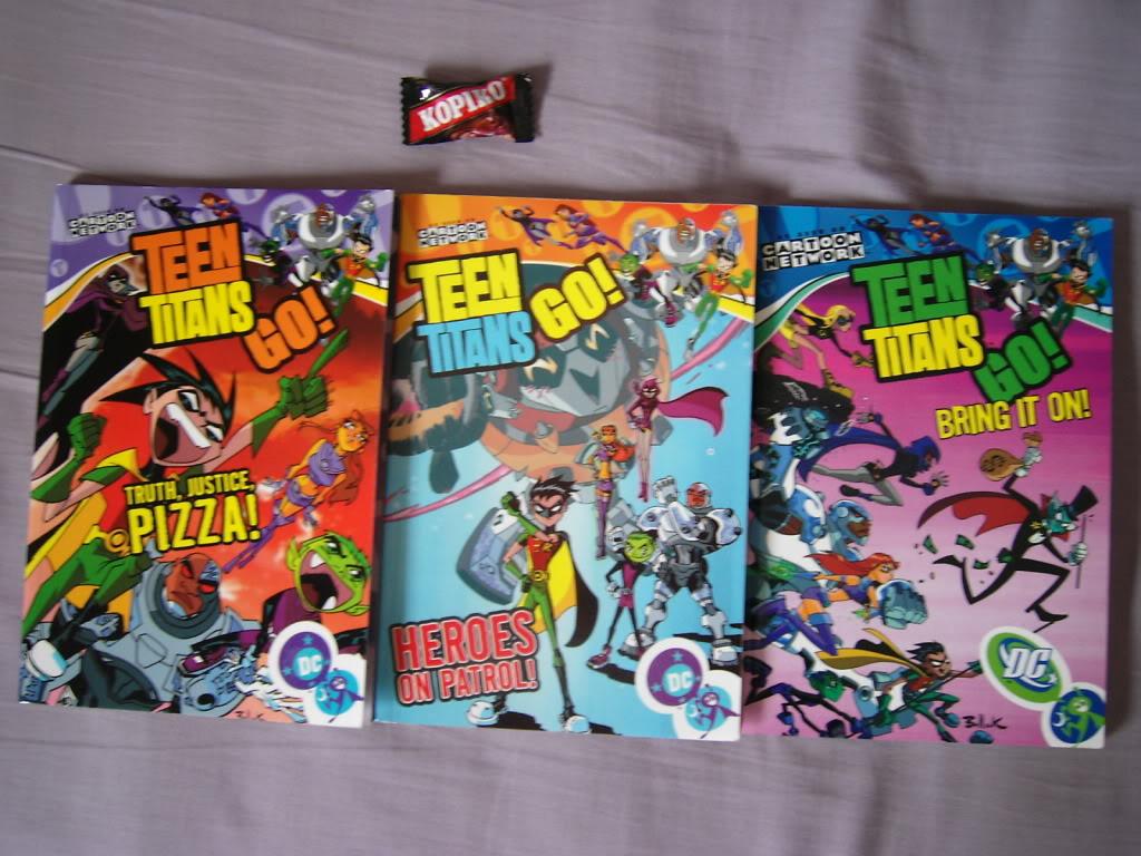 [Seller] Manga, Posters, Misc anime merchandise <3 DSCI0024
