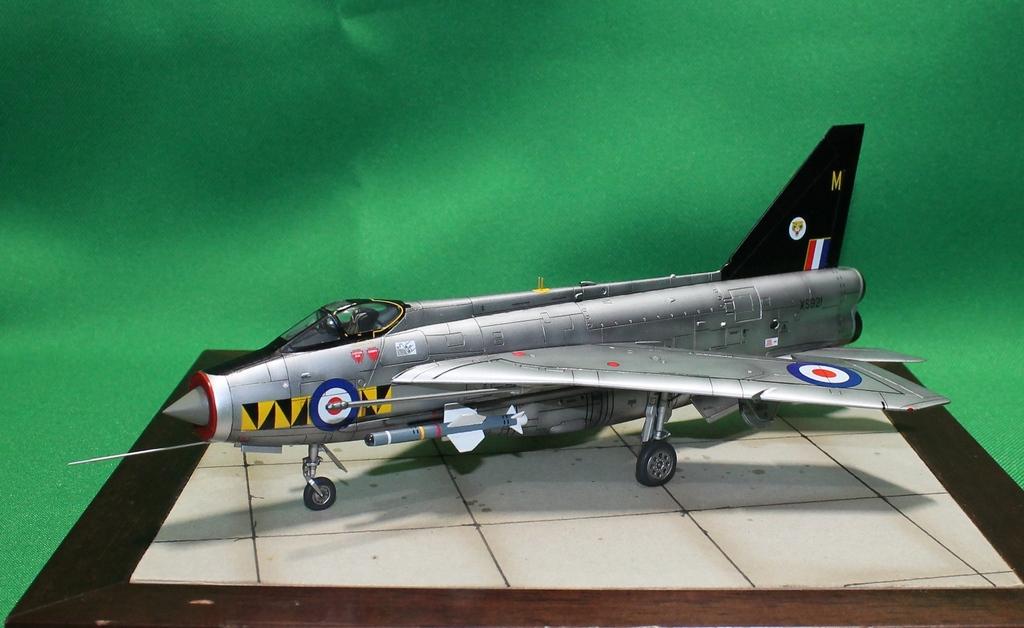 English Electric F.6 Lightning IMG_8303_zpscob3trkq