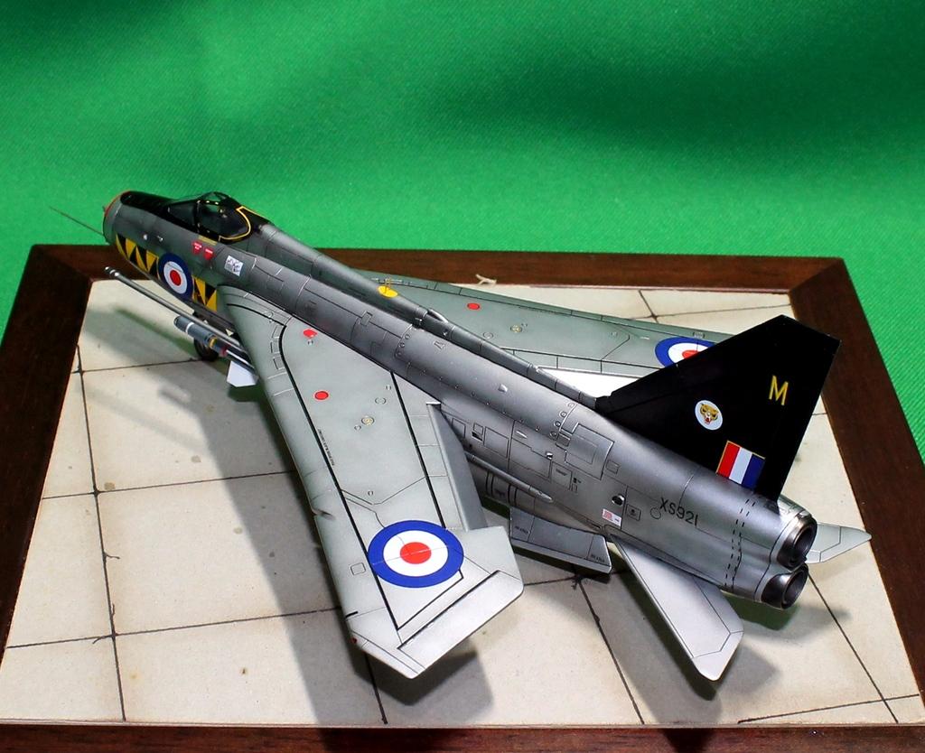 English Electric F.6 Lightning IMG_8305_zps4h2sfaoo