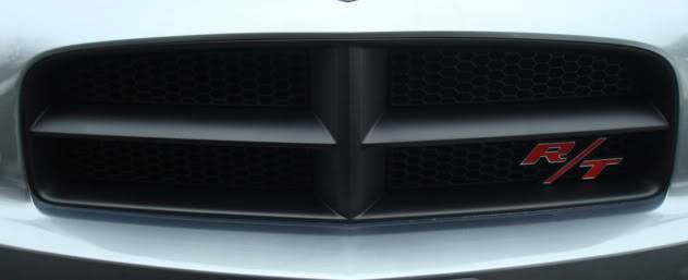 How to- paint those chrome crosshairs Grillblack