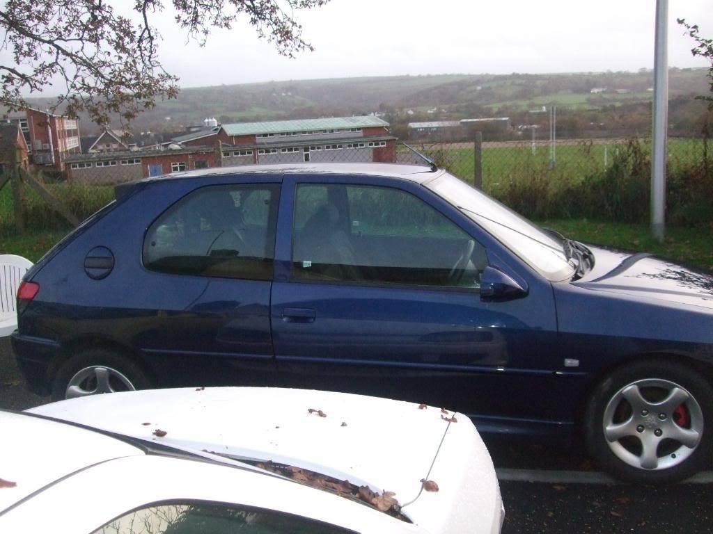 306 xs 1999 'V' plate £800 12 months MOT 2 MonthsTAX DSCF8921