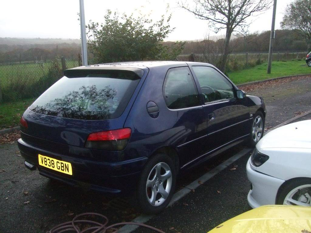 306 xs 1999 'V' plate £800 12 months MOT 2 MonthsTAX DSCF8922