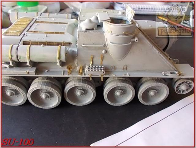 SU-100 68ordmSU-100peazo-gato