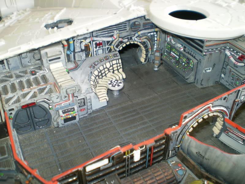 Interior del Halcon Milenario PA070117