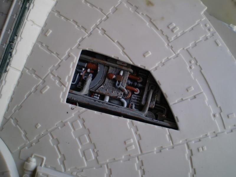 Interior del Halcon Milenario PA070126