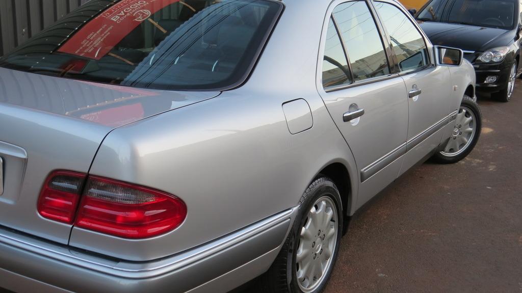 W210 E320 Elegance 1997 - R$ 27.000,00 (VENDIDO) IMG_0005_zpsu49icw6l