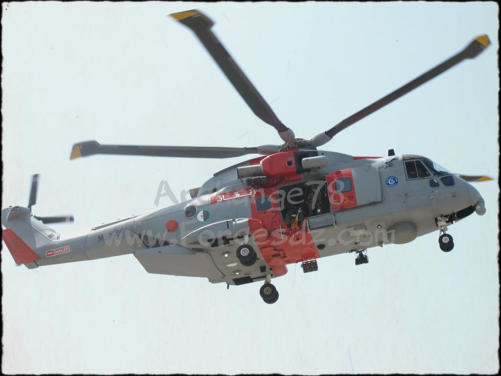 مروحية AW101s من ضمن 80 مروحية سبق وتعاقدت عليها الجزائر  - صفحة 2 AlgerianNavalForcesAW-101Merlin2