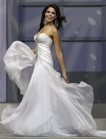 Can you guess who wore this gown before? (Game #6 on Page 4!!!) - Page 3 Mayra_Matos_01