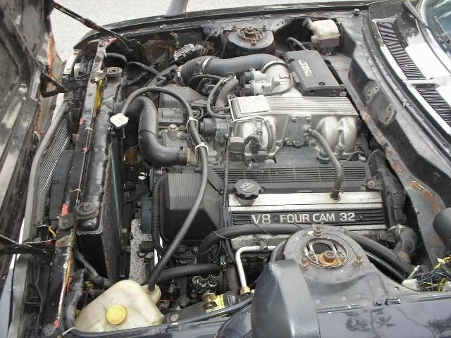 Celica with V8 Engine TA22RudiV8-11