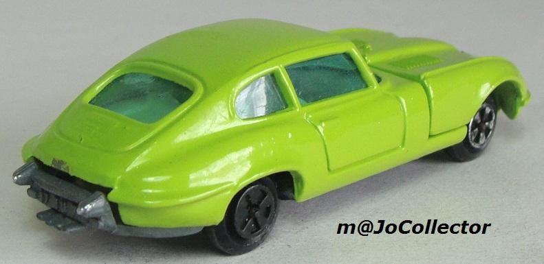 My restored Majorette Models 207.1%20Jaguar%20Type%20E%20V12%2002
