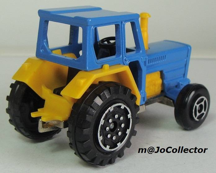 N°208 tracteur 208.3%20Tracteur%2005