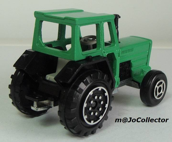 N°208 tracteur 208.3%20Tracteur%2011
