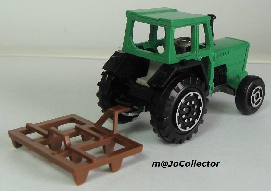 N°208 tracteur 208.3%20Tracteur%2012