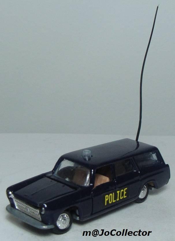 N°216 PEUGEOT 404 POLICE 216.1%20Peugeot%20404%20Police%2001