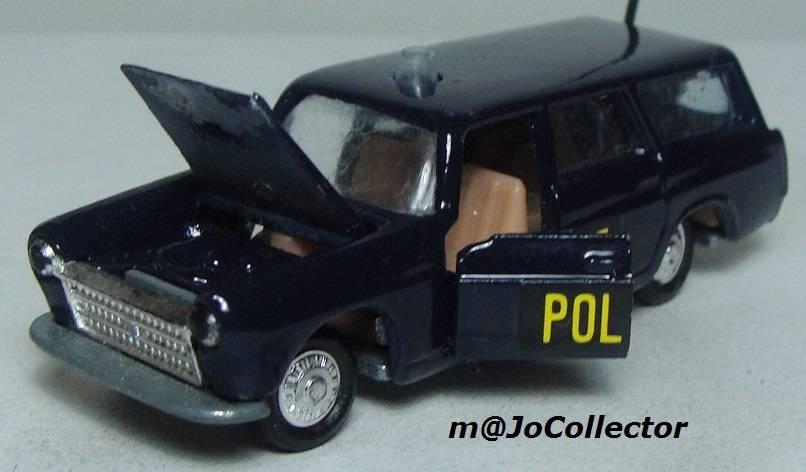 N°216 PEUGEOT 404 POLICE 216.1%20Peugeot%20404%20Police%2003