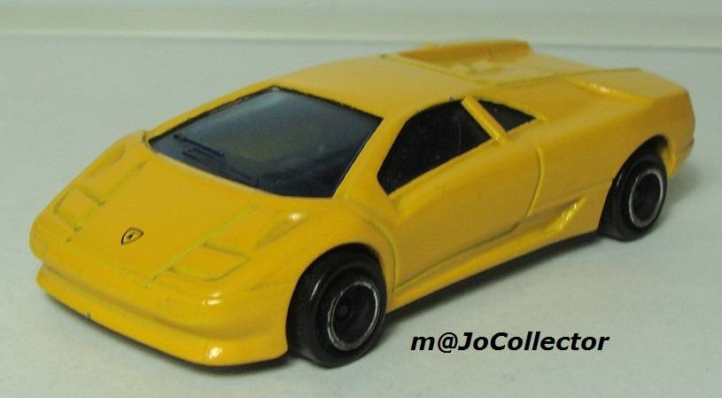 My Majorette Models with Modified Wheels 219.4%20Lamborghini%20Diablo%2001