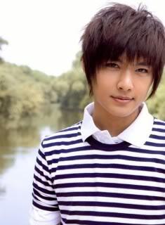 Aaron Yan (Fahrenheit) Aaron_Yan