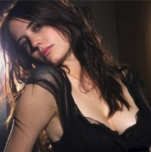 """Elizabeth Randall  """"Beth"""" Eva-green6"""