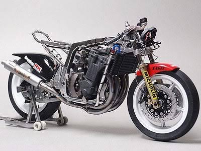 Concurso de miniaturas de moto 545