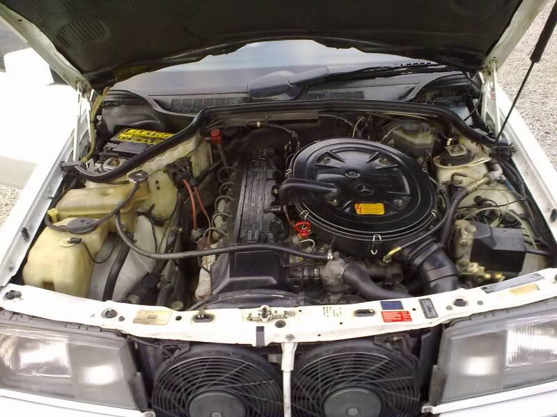 Vendo W201 190E 2.6 Branca- VENDA SUSPENSA PROVISORIAMENTE 15092010353