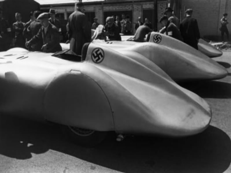 Tranche d'histoire - Les GP d'Allemagne F60da842fea6c121b3f20b192e3404c0_im