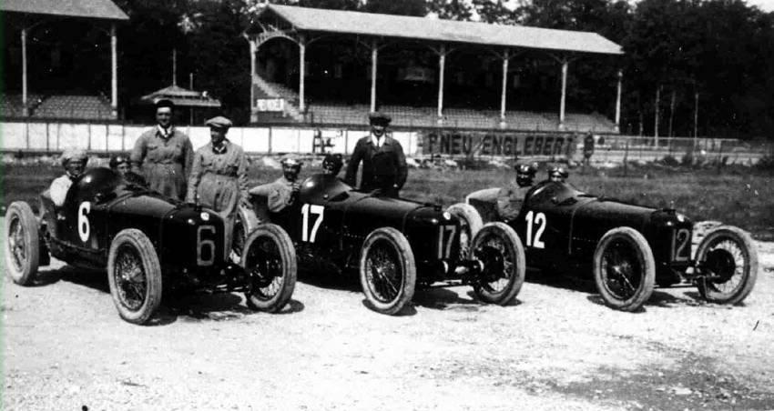 Tranche d'histoire - Les GP... 1923MonzasquadraAlfa